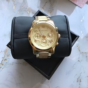 New Micheal Kors Gold Watch